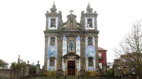 A igreja de Saint Ildefonso Igreja de Santo Ildefonso é uma igreja do século XVIII em Porto, Portugal imagem de stock