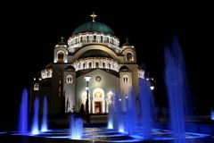 Igreja de Sava de Saint em Belgrado imagens de stock