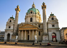 A igreja de St Charles (Karlskirche) Viena Fotografia de Stock