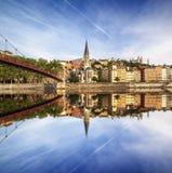 Igreja de St George com sua reflexão na vista central na LY Fotos de Stock