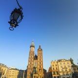 A igreja de StMary no centro histórico de Krakow Fotos de Stock Royalty Free