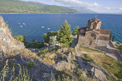 Igreja de Sveti (Saint) Jovan Kaneo no lago Ohrid Imagens de Stock