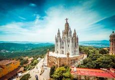 Igreja de Tibidabo na montanha em Barcelona imagem de stock