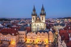 A igreja de Tyn em Praga Imagens de Stock