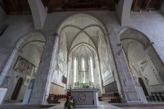 A igreja do ` Andrea Apostle de Sant em Venzone imagem de stock royalty free