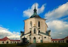 A igreja do peregrino de St John de Nepomuk na montanha do verde de Zelena Hora perto do Unesco fotos de stock royalty free