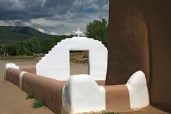 Igreja do povoado indígeno de Taos Foto de Stock