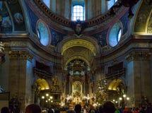 Igreja do ` s de St Peter ou interior de Peterskirche 1733, Viena, Aus Imagem de Stock Royalty Free