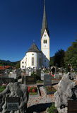 Igreja e cemitério de Schliersee Fotografia de Stock Royalty Free