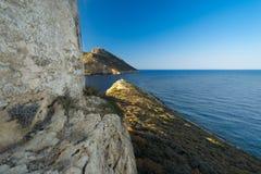 Igreja e cenário da costa de Peloponnese Fotos de Stock Royalty Free