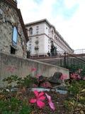 Igreja e flor velhas Fotos de Stock Royalty Free