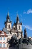Igreja e Jan Hus Memorial do ½ n de TÃ Imagens de Stock Royalty Free
