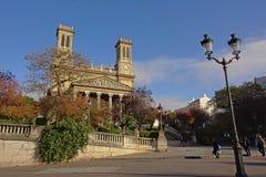Igreja em um dia ensolarado, Paris de Vincent de Paul de Saint, França Fotografia de Stock