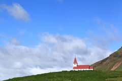 Igreja em Vik, Islândia Fotografia de Stock Royalty Free