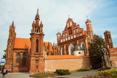 Igreja em Vilnius St gótico bonito Anne Church do estilo em VIl Imagens de Stock Royalty Free