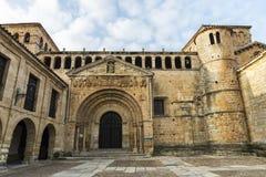 Igreja escolar de Santillana Del Mar, Espanha Fotografia de Stock
