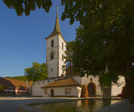 Igreja fortificada de St Arbogast na vila Muttenz Imagem de Stock Royalty Free