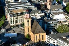 Igreja Francoforte de Katharinenkirche fotos de stock royalty free