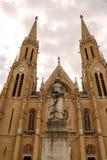 Igreja gótico do estilo de Budapest, Hungria de St Elizabeth imagens de stock royalty free