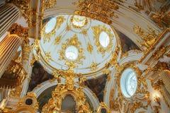 Igreja grande do palácio do inverno (eremitério do estado) em St Peter Fotografia de Stock Royalty Free