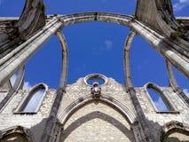 Igreja hace las ruinas de Carmen en Lisboa foto de archivo libre de regalías