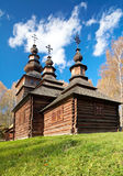 Igreja histórica ucraniana da madeira do país Foto de Stock