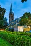 Igreja & jardim Imagens de Stock