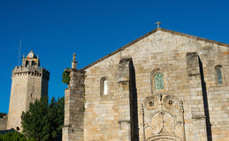Igreja Matriz和Torre做Relógio 免版税库存图片