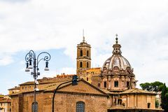Igreja medieval em Roman Forum em Roma, Itália fotografia de stock royalty free