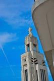 A igreja moderna na altura 100 em Saint-Gilles Imagem de Stock Royalty Free
