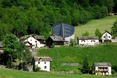 Igreja, Mogno, Ticino, Switzerland fotografia de stock