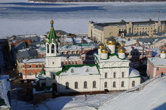 Igreja na unidade nacional quadrada em Nizhny Novgorod fotos de stock royalty free