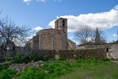 Igreja na vila abandonada do granadilho fotografia de stock royalty free