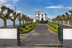 Igreja na vila de Fenais a Dinamarca Ajuda no Sao Miguel Island Fotografia de Stock Royalty Free