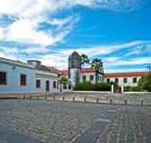 Igreja na vila tropical Fotos de Stock