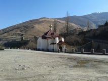 Igreja nas montanhas fotografia de stock