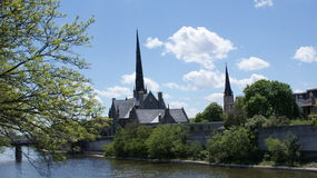 Igreja no rio grande Imagem de Stock Royalty Free