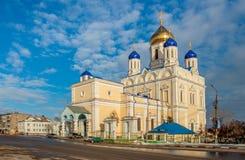 Igreja ortodoxa amarela Imagem de Stock Royalty Free