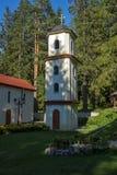 Igreja ortodoxa no recurso de Panichishte na montanha de Rila, Bulgária Fotografia de Stock