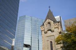 A igreja presbiteriana do ` s de St Andrew e a NC elevam-se, Ontário, Fotos de Stock Royalty Free