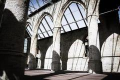 Igreja queimada velha imagens de stock