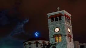 Igreja sob nuvens pesadas video estoque