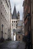 Igreja St Martin bruto, água de Colônia, Alemanha foto de stock royalty free