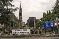 Igreja Sutton Advertising pequeno de St Johns seu verão anual justo/festa Foto de Stock