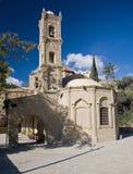 Igreja típica da vila em Chipre imagens de stock royalty free