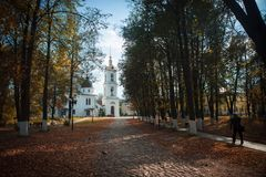 Igreja velha no Kremlin de Dmitrov imagem de stock royalty free