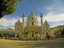 Igreja Viena de Karls imagens de stock royalty free