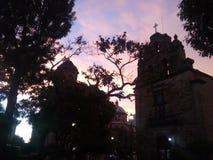 Igrejas sob a escuridão fotografia de stock royalty free