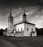 Igrejas tradicionais do russo no campo Fotografia de Stock