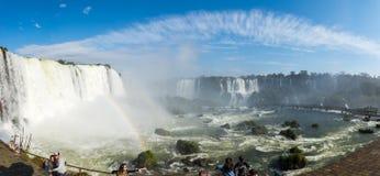 Iguacu &#x28 Cataratas; Iguazu)位于巴西的秋天 免版税库存照片